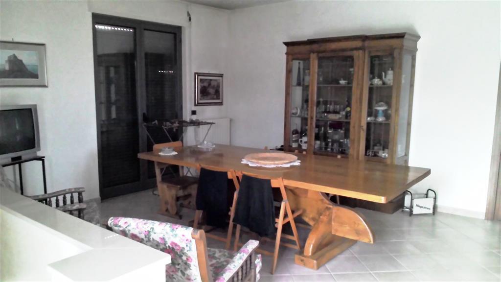 Villa in Via Reggente, Camaldoli, Napoli