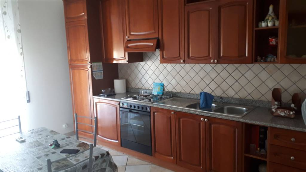 Appartamento in affitto a Campobello di Licata, 5 locali, prezzo € 700 | CambioCasa.it