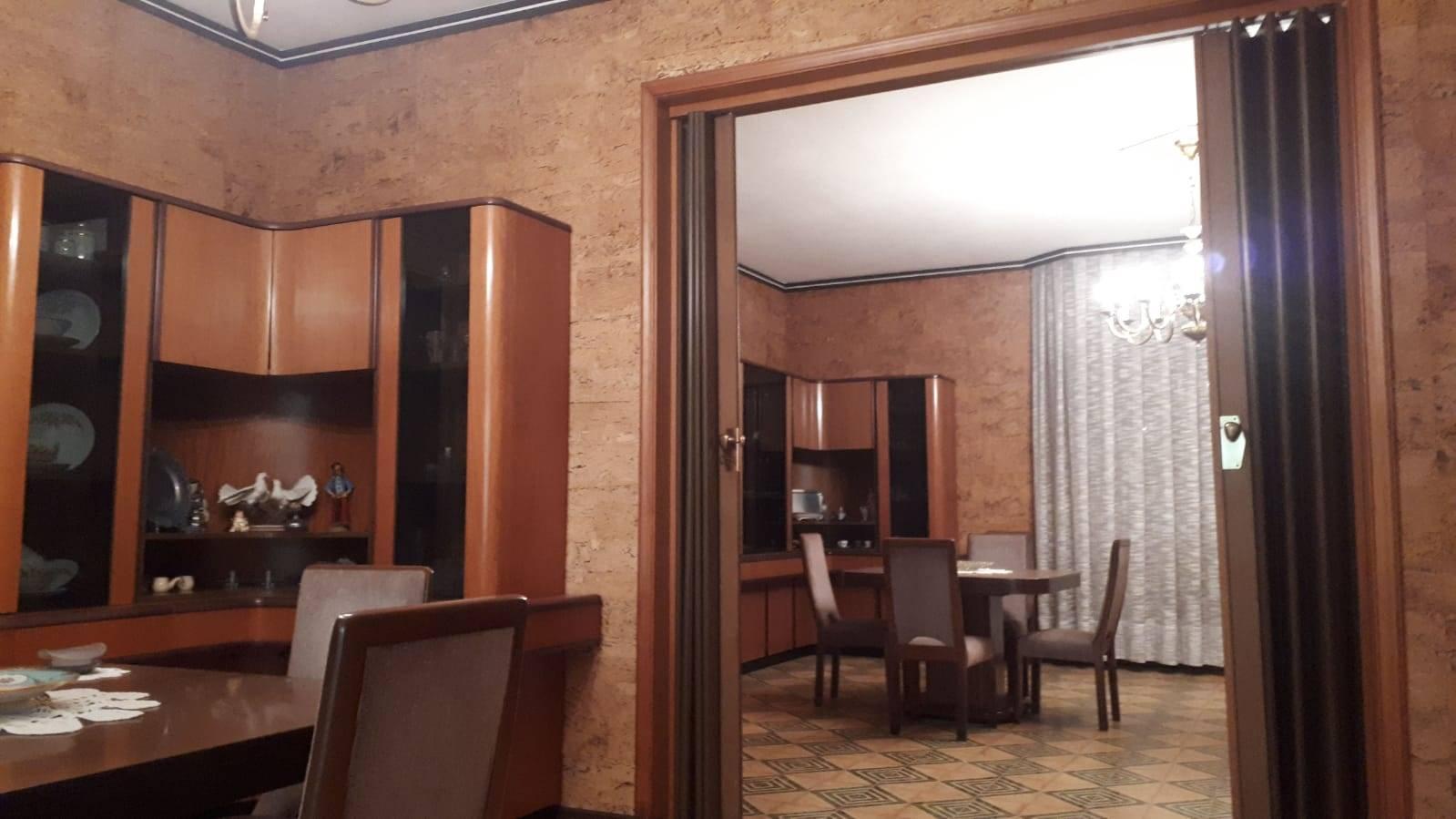 Soluzione Indipendente in vendita a Campobello di Licata, 11 locali, prezzo € 120.000   CambioCasa.it