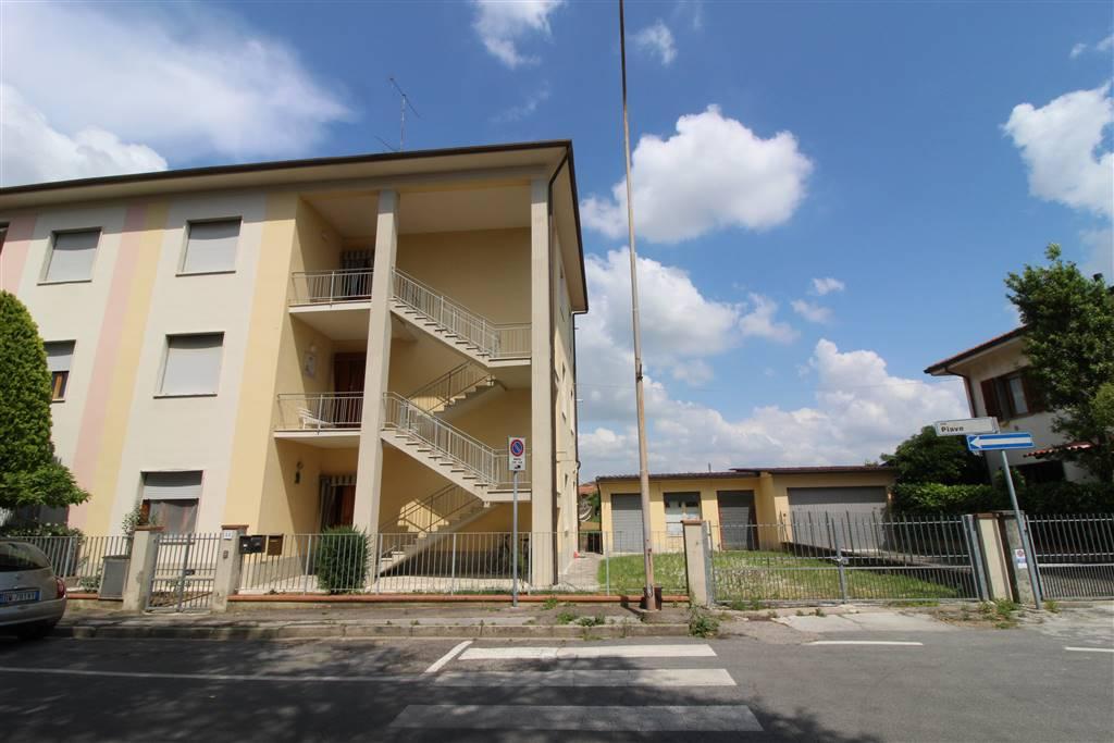 Casa semi indipendente in Via Piave  11, Fucecchio