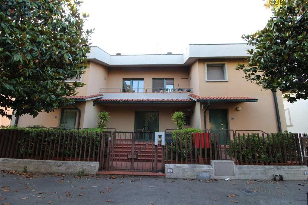 Casa singola in Via Mazzini  13, Fucecchio
