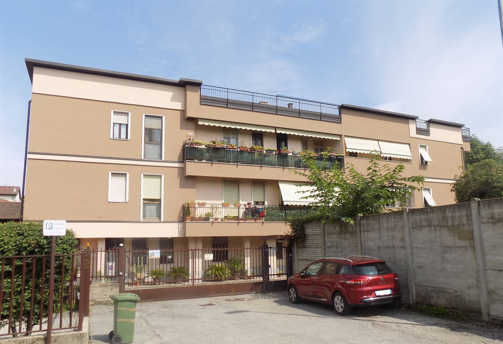 SANTALBINO, MONZA, Apartment for sale of 95 Sq. mt., Good condition, Heating Individual heating system, Energetic class: D, Epi: 89,4 kwh/m2 year,