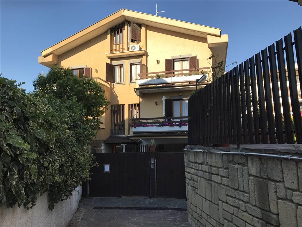 Bifamiliare in Via Lambruschini, Balduina, Trionfale, Montemario, Roma