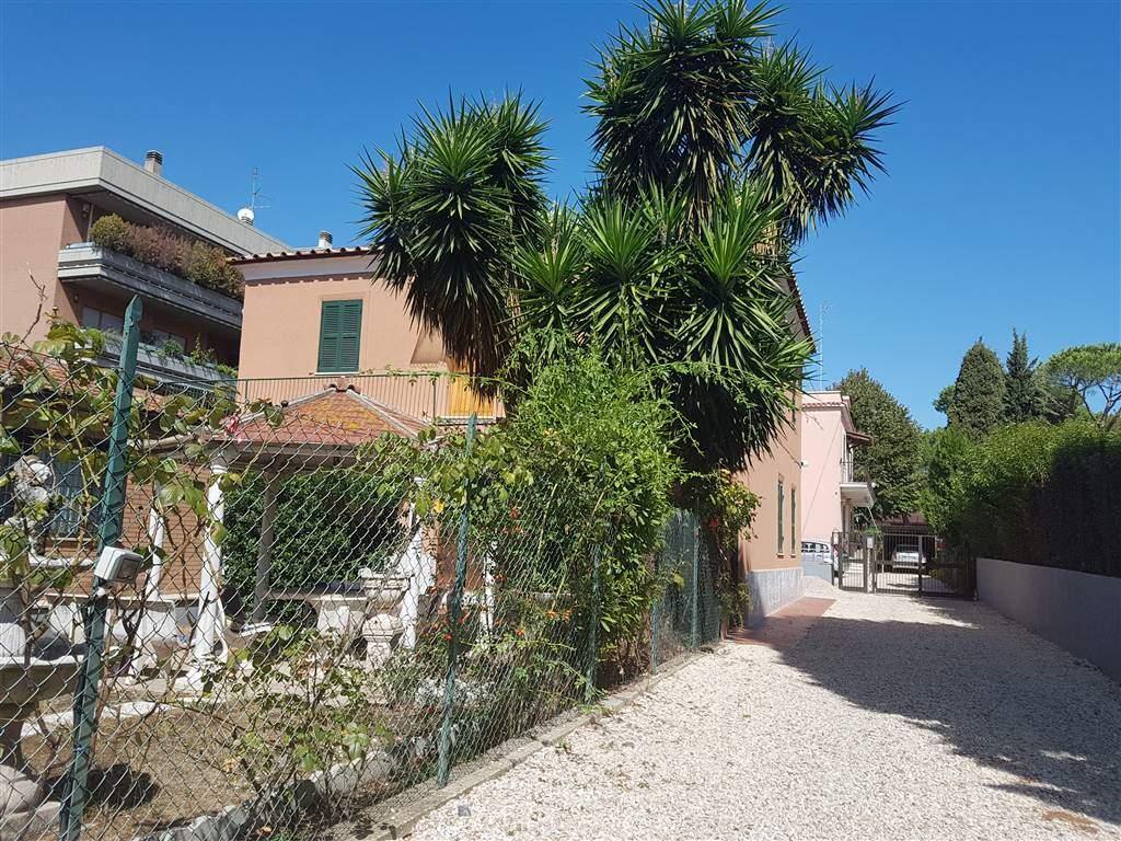 Villa in Via Giovanni Stefano Bonacossa, Boccea, Torrevecchia, Pineta Sacchetti, Roma