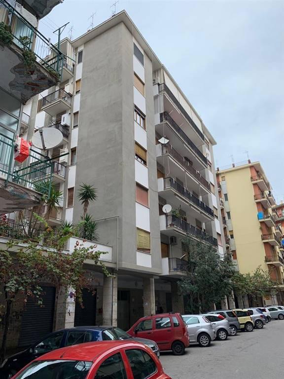 Trilocale in Via Ciro D'amico 23, Mercatello, Salerno