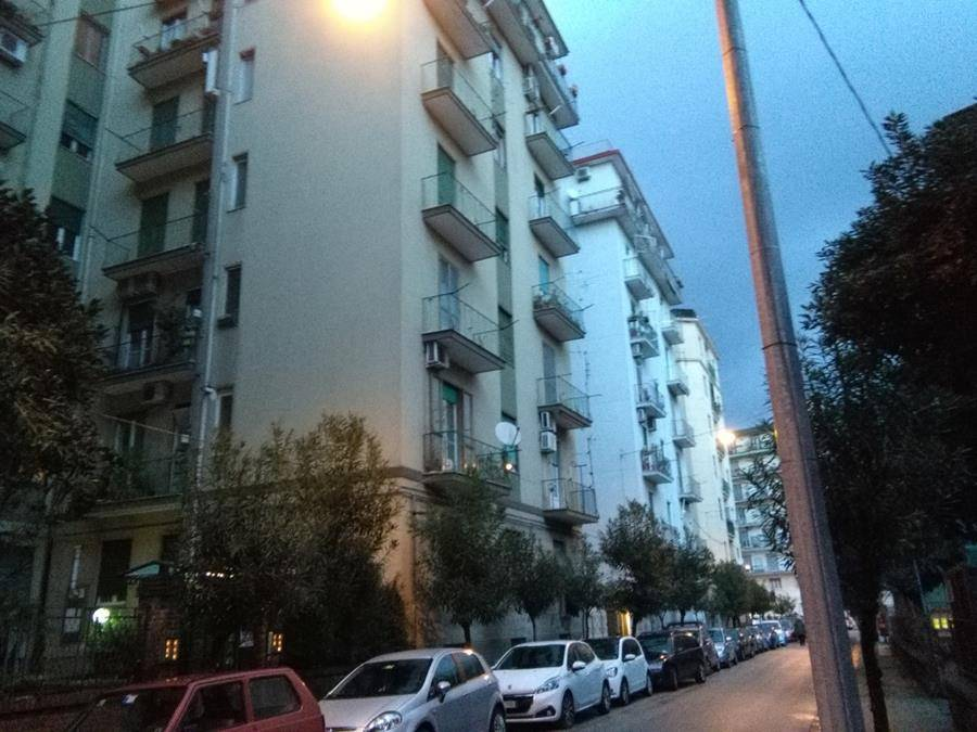 CENTRO, SALERNO, Office for rent of 85 Sq. mt., Excellent Condition, Heating Individual heating system, Energetic class: G, Epi: 175 kwh/m3 year,
