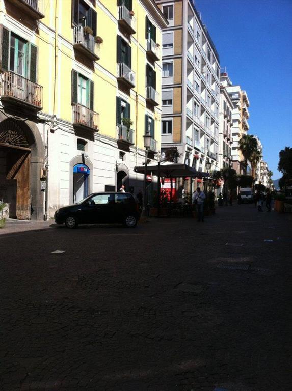 Negozio / Locale in vendita a Salerno, 1 locali, zona Zona: Centro, Trattative riservate | CambioCasa.it