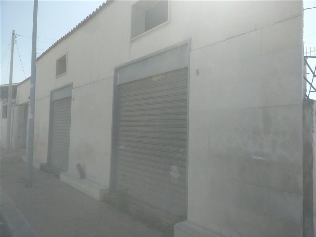 Locale commerciale in Via Padre Pio S.n., Japigia, Bari