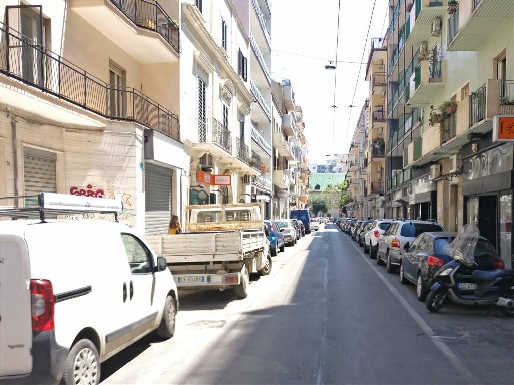 Locale commerciale, Carrassi, Bari, da ristrutturare