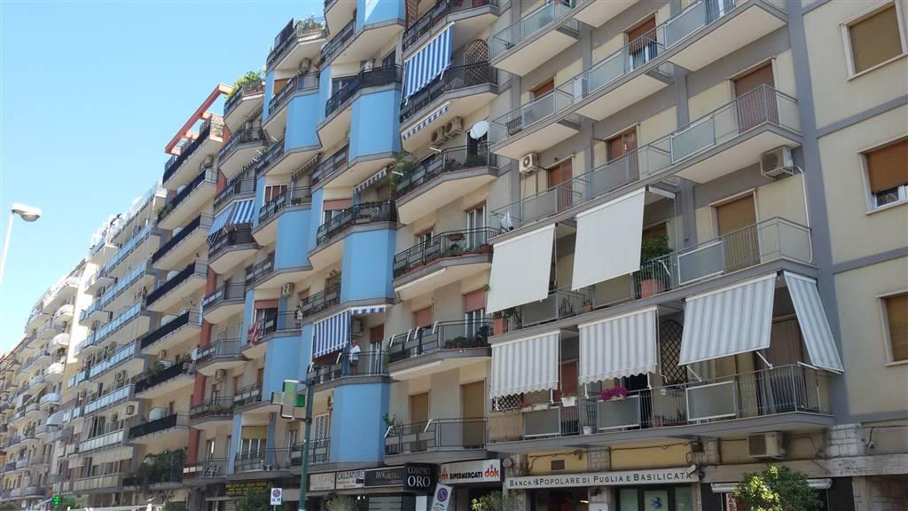 Quadrilocale, Japigia, Bari, da ristrutturare