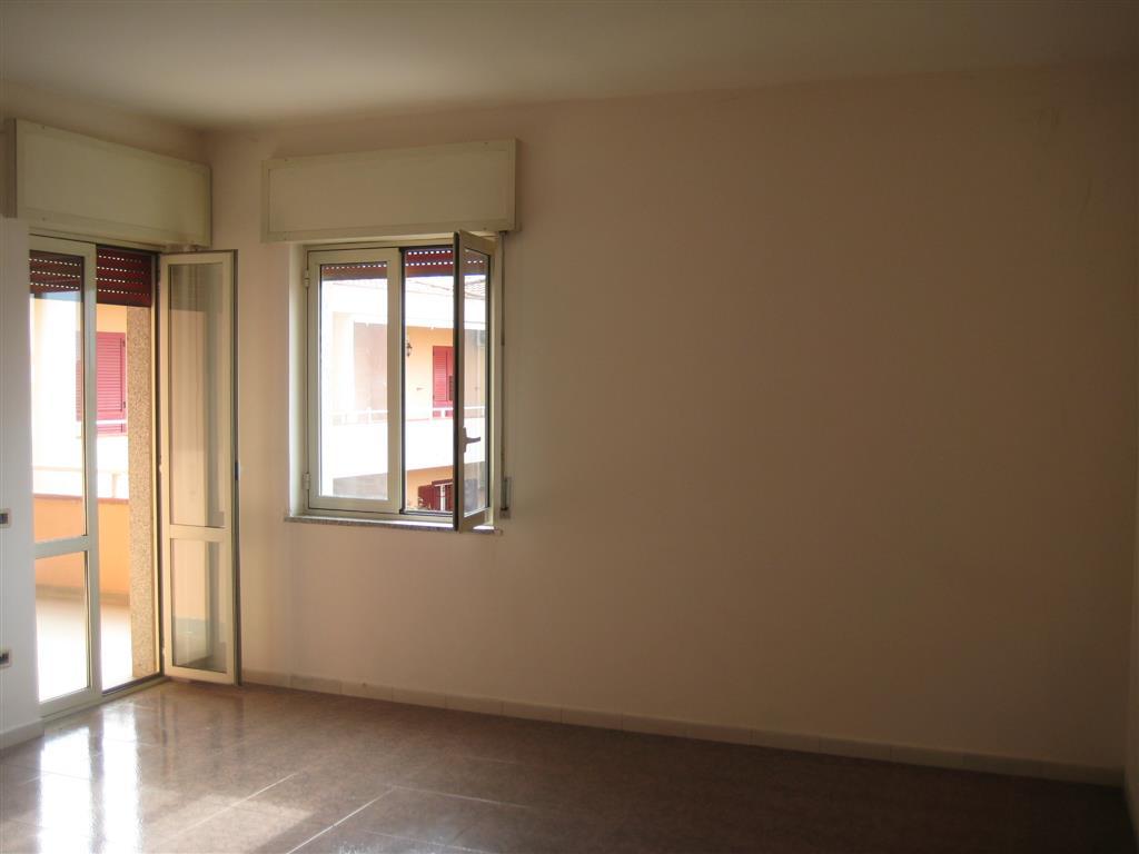 Appartamento in vendita a Sparanise, 4 locali, prezzo € 100.000 | PortaleAgenzieImmobiliari.it