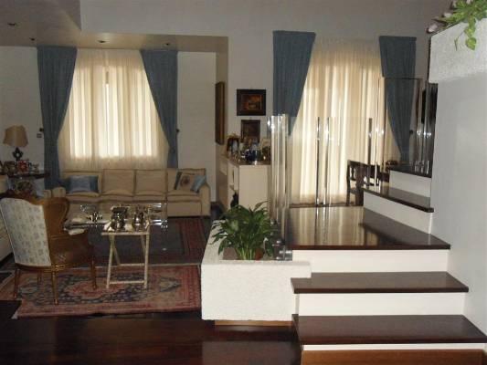 Villa in Vendita a Vaiano