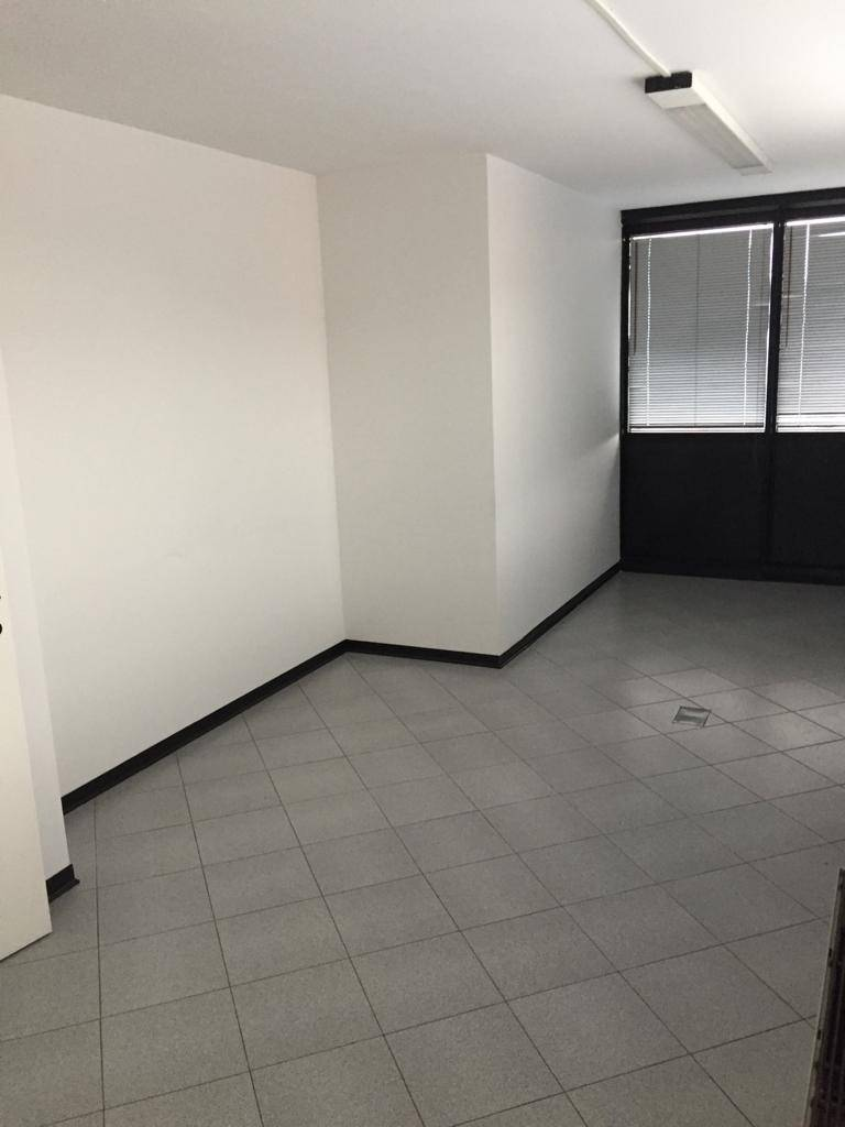 Ufficio / Studio in affitto a Prato, 3 locali, zona Località: MONTEGRAPPA, prezzo € 700   CambioCasa.it