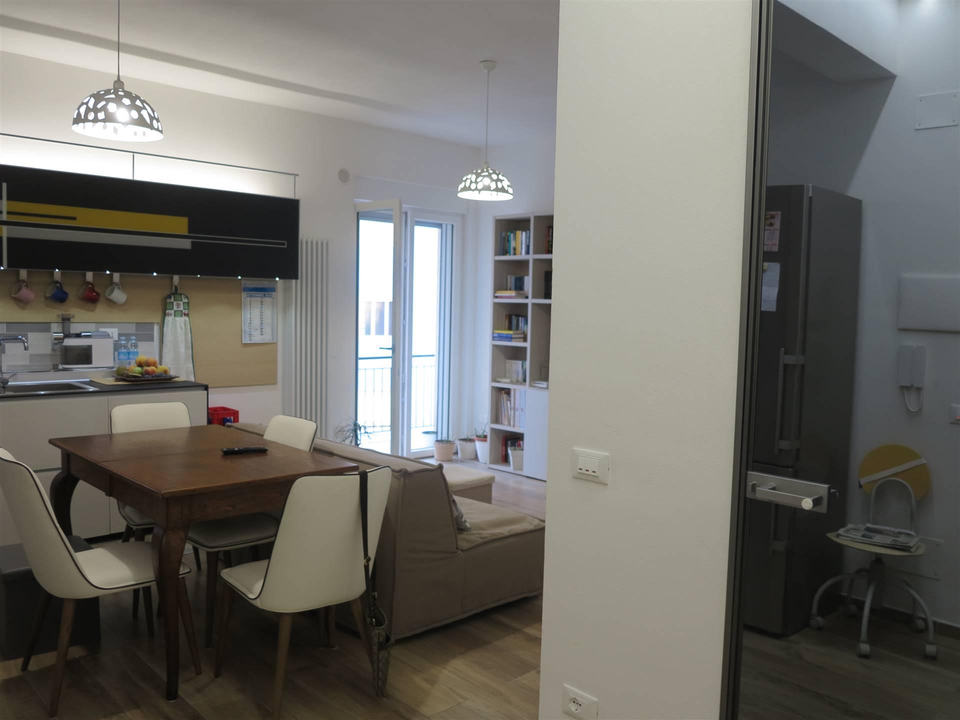 Appartamento in vendita a Follonica, 3 locali, zona Località: CENTRO, prezzo € 245.000 | CambioCasa.it