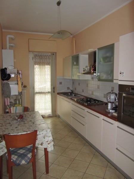 Trilocale in Via Mazzini 5 29, Gambolo'