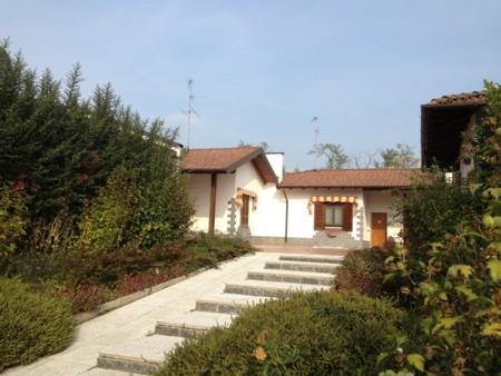 Villa in Corso -umberto i, Belcreda, Gambolo'
