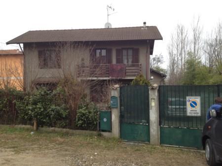 Casa singola in Via Stazione, Remondò, Gambolo'