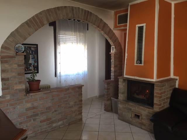 Casa semi indipendente in Corso Umberto i 29, Gambolo'