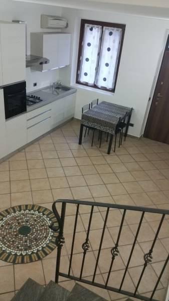 Casa semi indipendente, Gambolo', in ottime condizioni