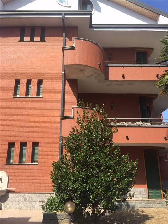 Appartamento in vendita a Cerano, 3 locali, prezzo € 120.000 | CambioCasa.it
