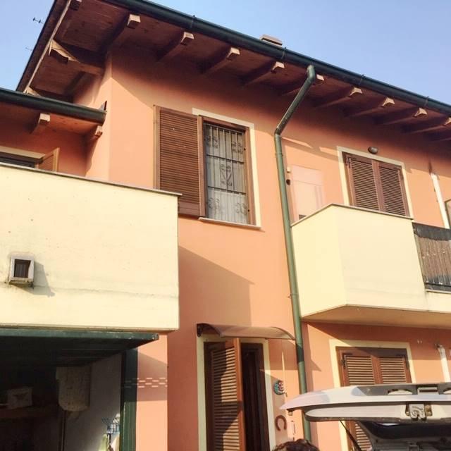 Villa in vendita a Tromello, 3 locali, prezzo € 112.000 | CambioCasa.it