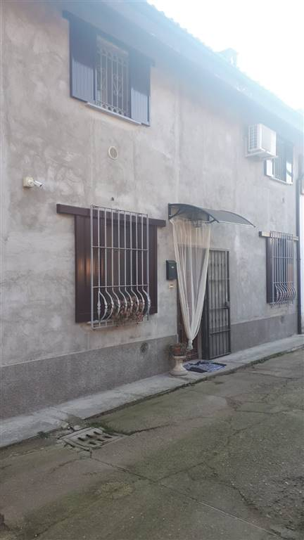 Casa semi indipendente, Tromello, abitabile
