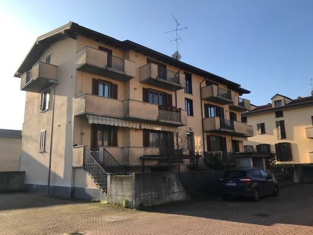 Trilocale in Via Mazzini 5, Gambolo'