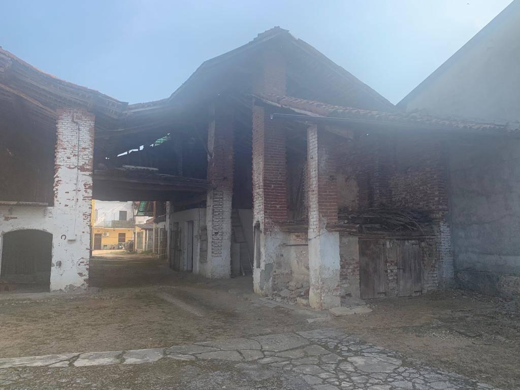 Rustico casale in Via Mazzini, Gambolo'
