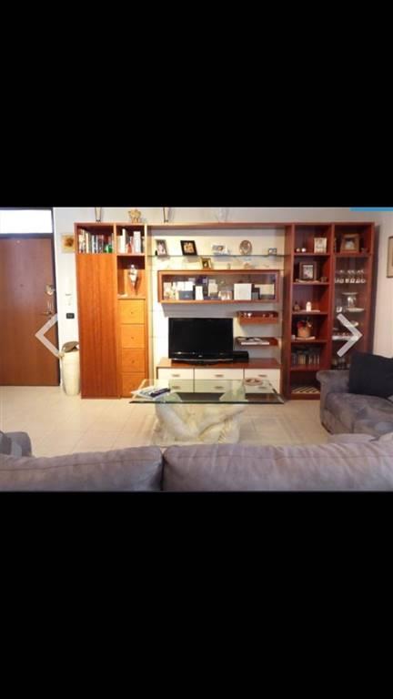 Appartamento in vendita a Gambolò, 3 locali, prezzo € 120.000 | CambioCasa.it