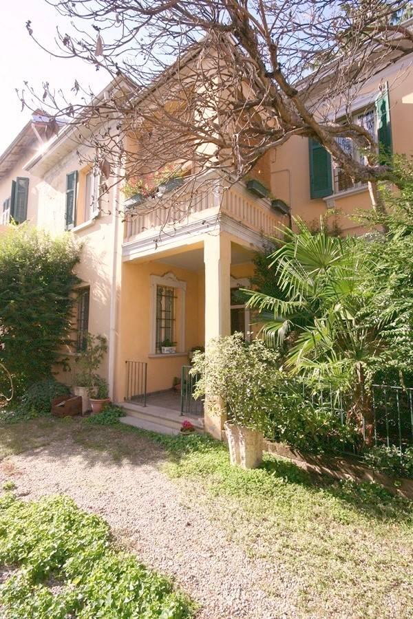 Villa Bifamiliare in vendita a Vigevano, 4 locali, zona Località: MERCATO, prezzo € 225.000 | PortaleAgenzieImmobiliari.it