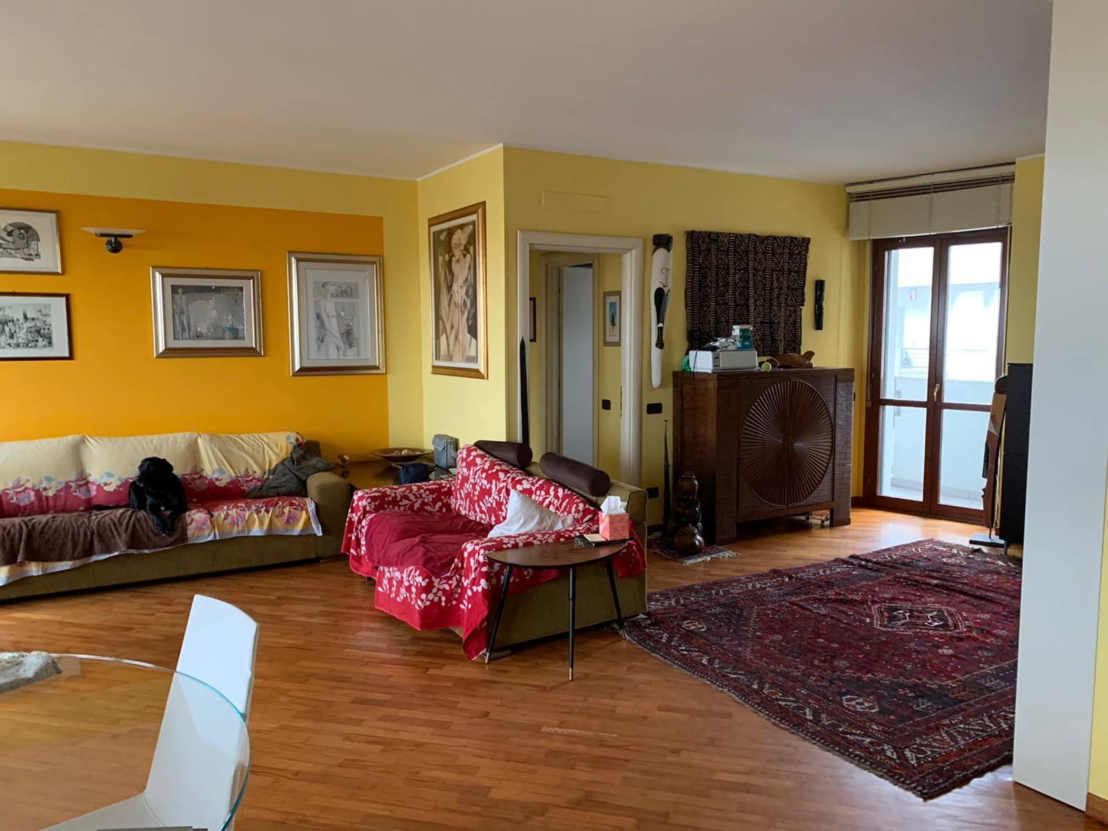 Attico / Mansarda in vendita a Vigevano, 4 locali, prezzo € 285.000 | PortaleAgenzieImmobiliari.it
