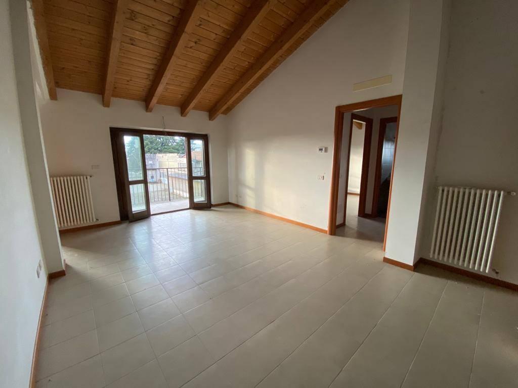 Attico / Mansarda in vendita a Gambolò, 3 locali, prezzo € 96.000 | PortaleAgenzieImmobiliari.it