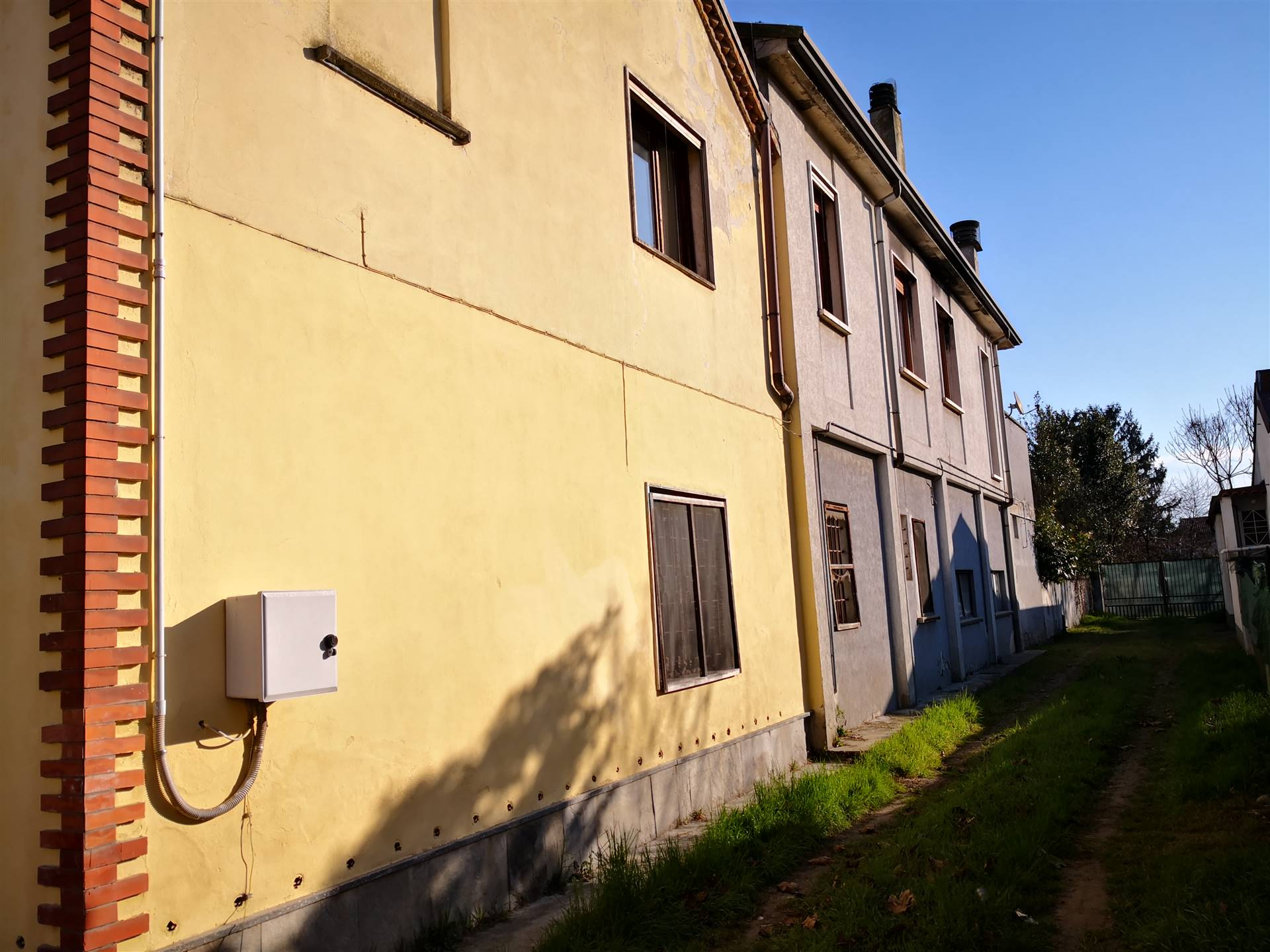 Soluzione Indipendente in vendita a Zerbolò, 8 locali, prezzo € 120.000 | CambioCasa.it