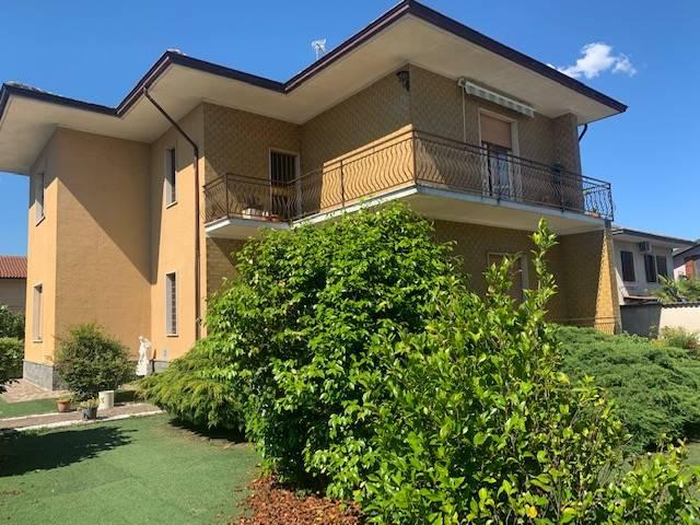 Villa in vendita a Gambolò, 5 locali, prezzo € 180.000 | CambioCasa.it