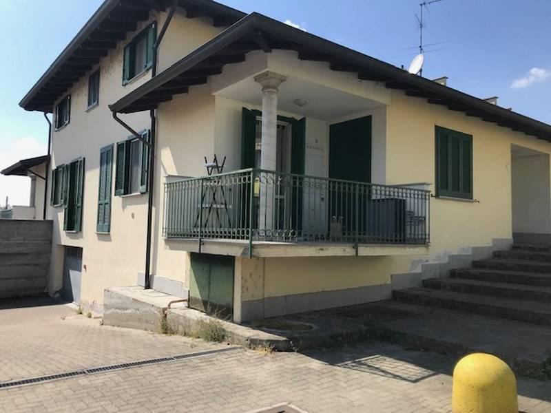 Appartamento in vendita a Gambolò, 3 locali, prezzo € 130.000 | CambioCasa.it