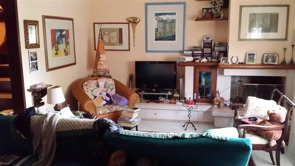 Villa a schiera, Badia Al Pino, Civitella In Val Di Chiana, in ottime condizioni