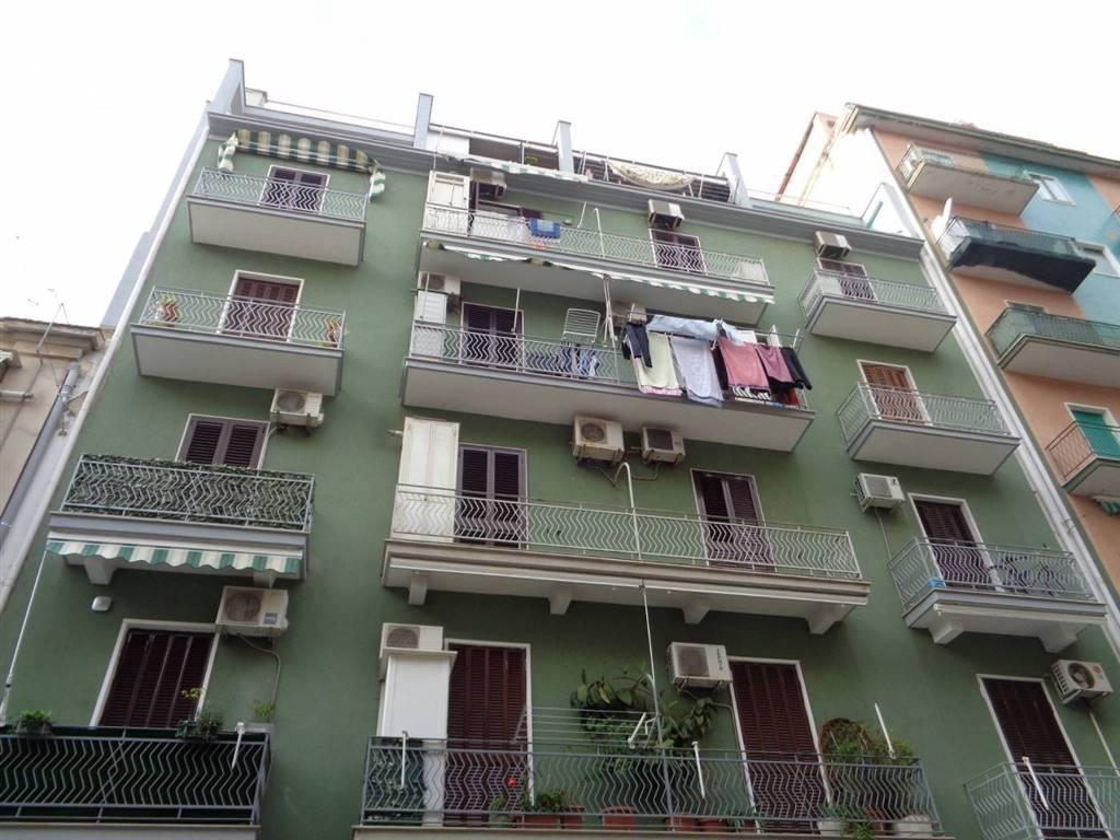Appartamento in vendita a Bari, 3 locali, zona Zona: Libertà, prezzo € 125.000 | CambioCasa.it