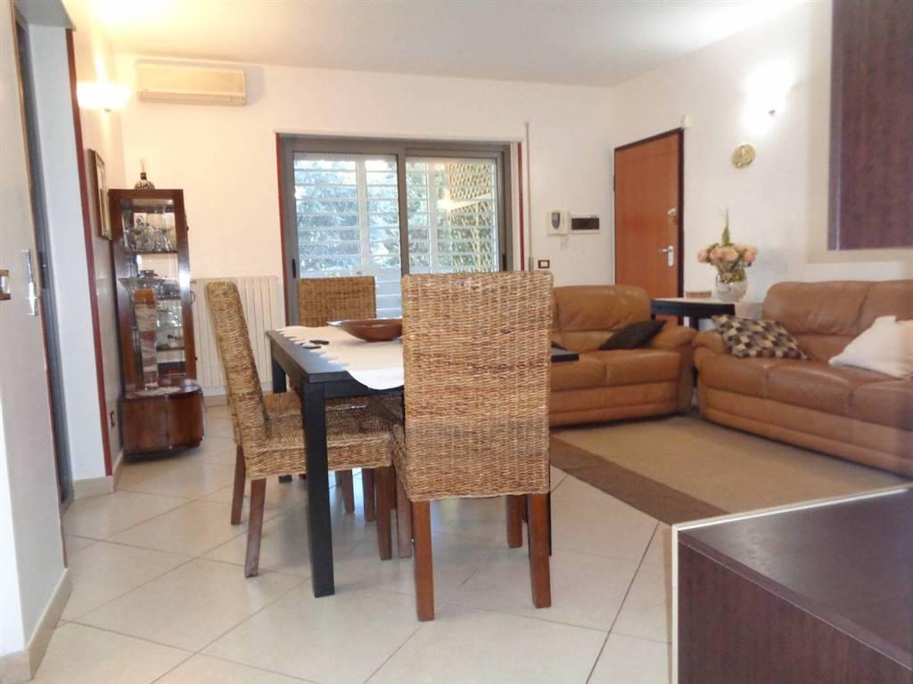 Appartamento in vendita a Bari, 3 locali, zona Località: CARBONARA / CEGLIE, prezzo € 230.000 | PortaleAgenzieImmobiliari.it