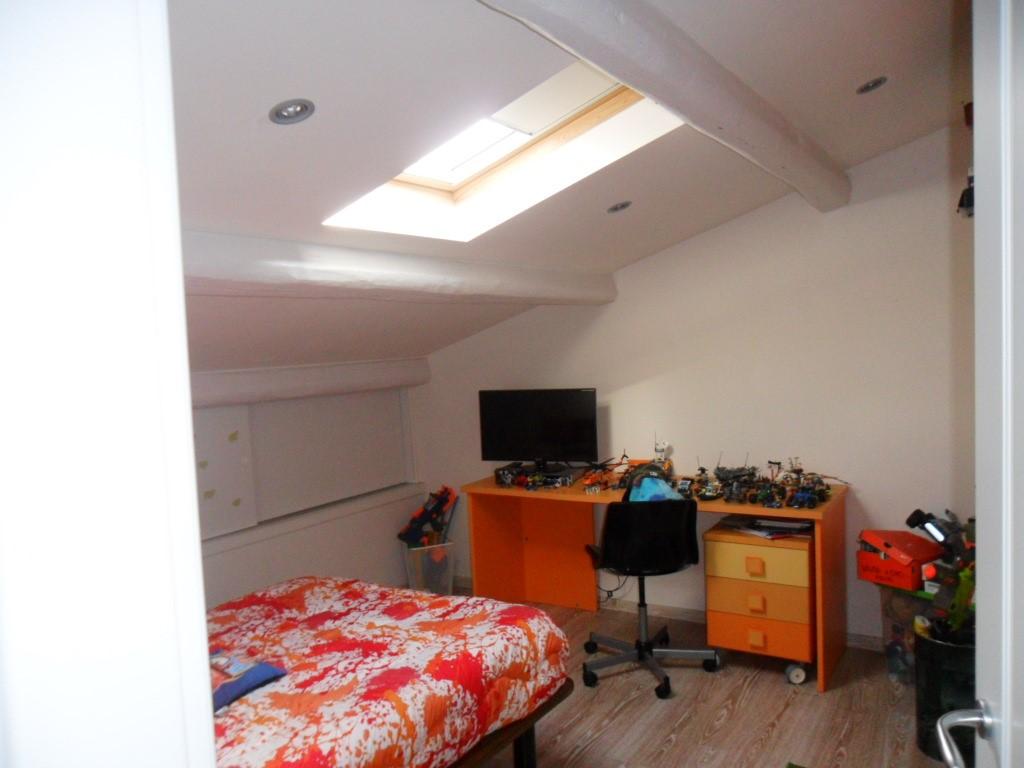 Appartamento in vendita a Firenze, 6 locali, zona Località: CASTELLO, prezzo € 350.000 | CambioCasa.it