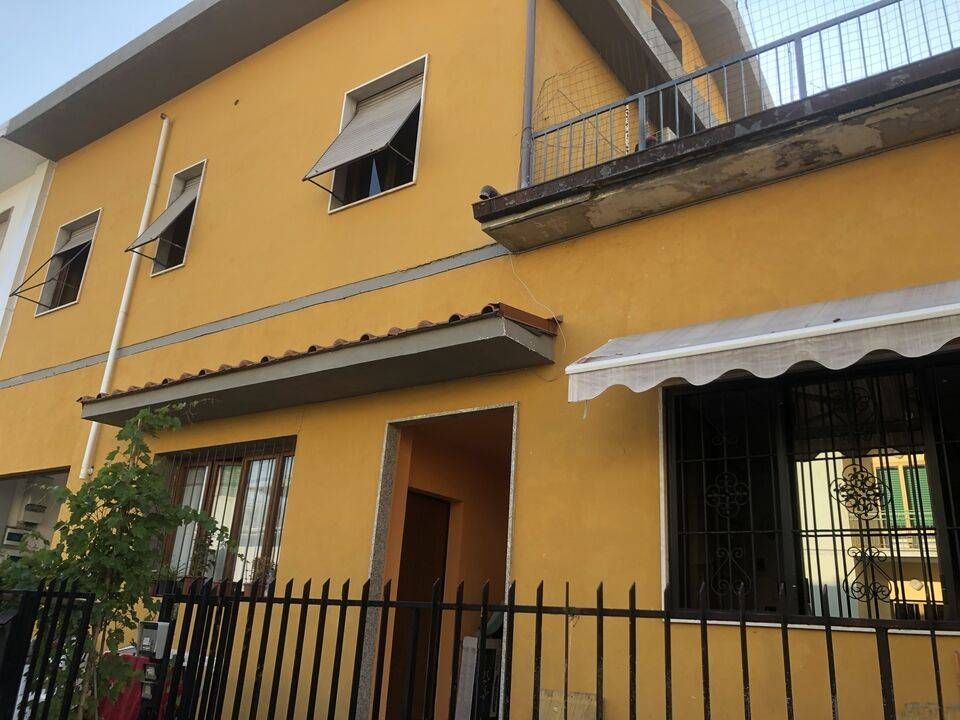 VIALE DI VITTORIO, SESTO FIORENTINO, Apartment for sale of 62 Sq. mt., Restored, Heating Individual heating system, Energetic class: F, placed at