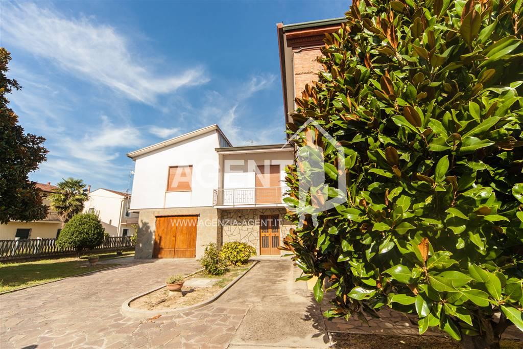 Casa semi indipendente, Lugo, abitabile