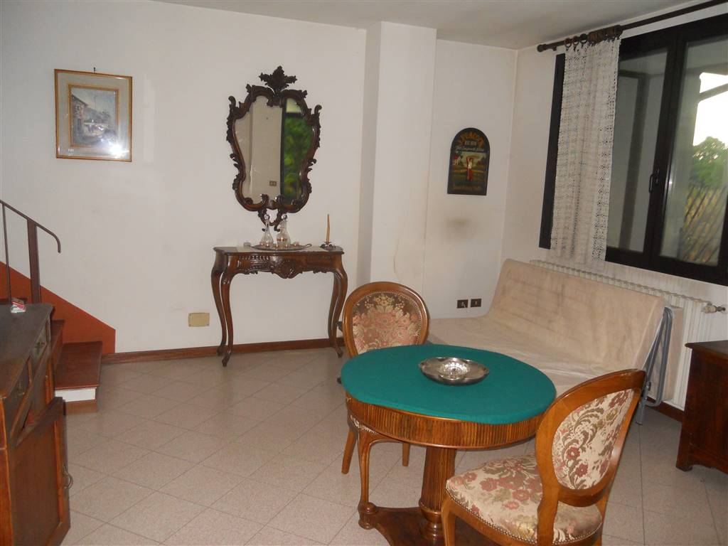 Villa, Ponticelli - Linaro, Imola, abitabile