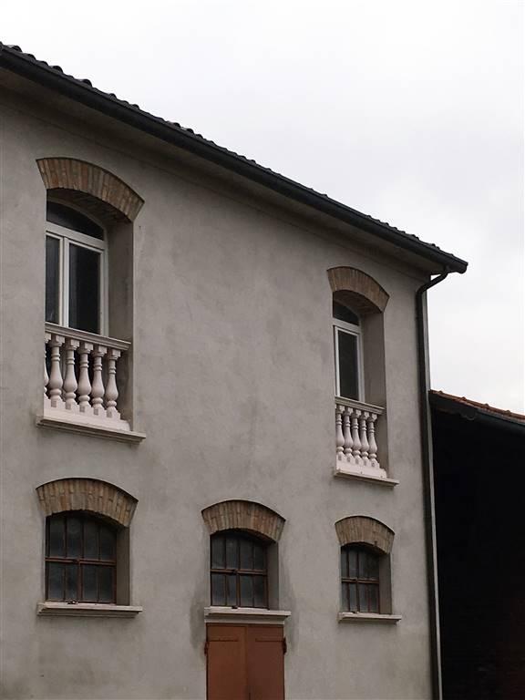 Appartamento in vendita a Lugo, 12 locali, zona Località: BELRICETTO, prezzo € 260.000 | CambioCasa.it