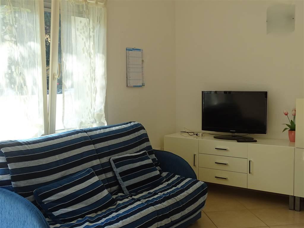 Appartamento indipendente, Pinarella, Cervia, ristrutturato