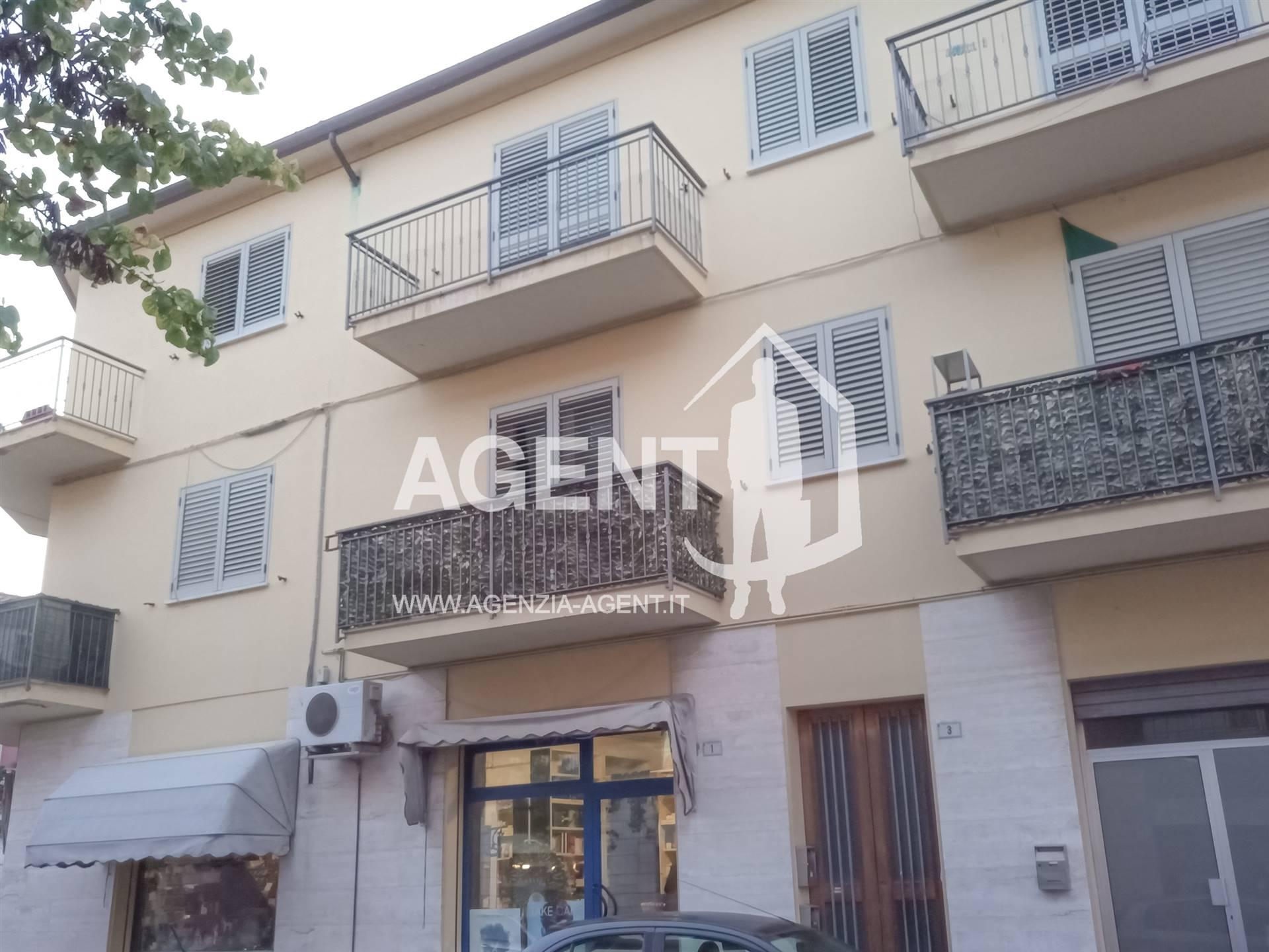Negozio / Locale in vendita a Conselice, 2 locali, prezzo € 38.000   CambioCasa.it