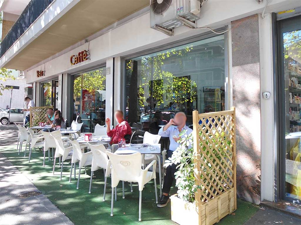 Bar in Piazza Zama, S.giovanni, Esquilino, San Lorenzo,, Roma