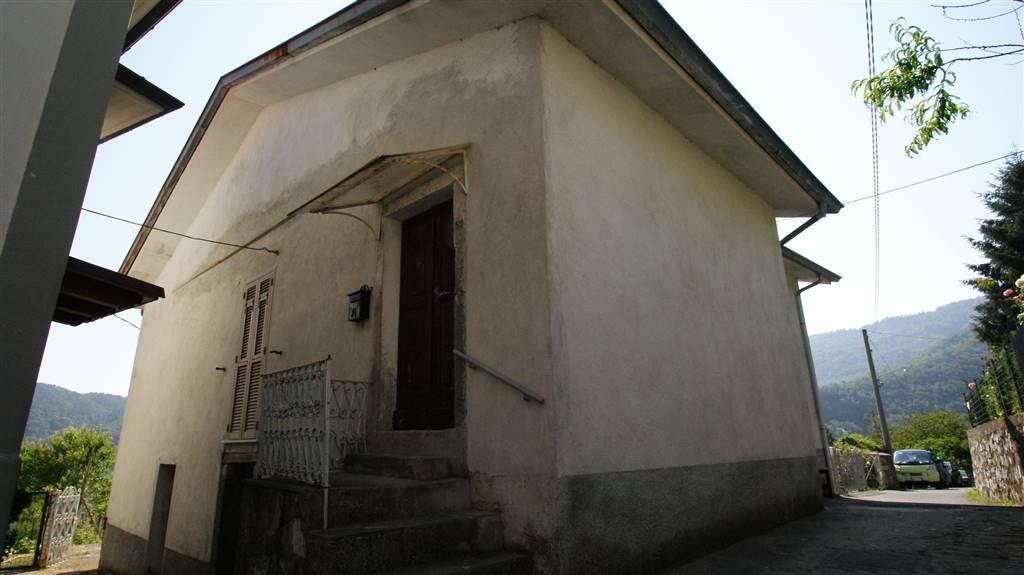 Casa semi indipendente a CALICE AL CORNOVIGLIO