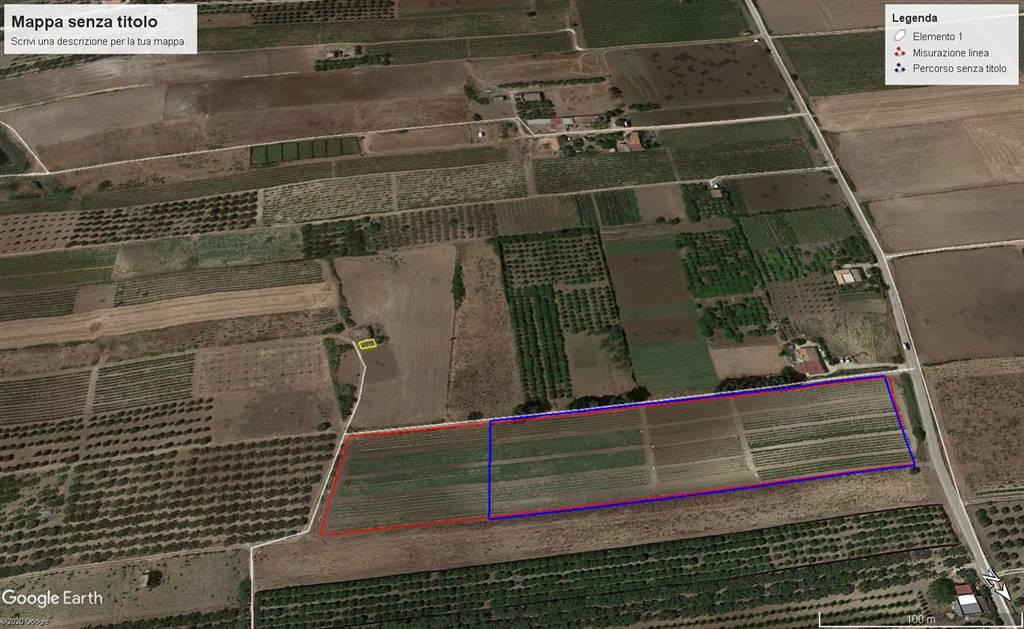 in contrada Bertolino proponiamo la vendita di terreno in parte ricadente in zona E1 agricolo e in parte in zona T1 turistico ricettivo di circa 24.