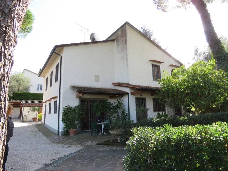 Villa in vendita a Montescudaio, 8 locali, prezzo € 750.000   CambioCasa.it