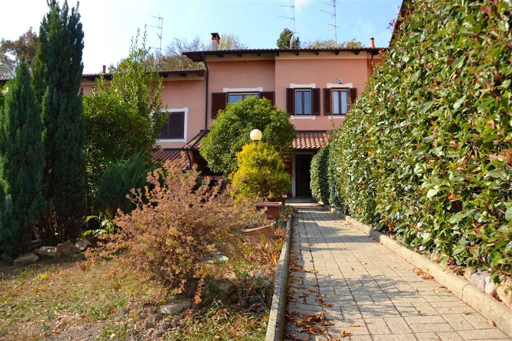 Villa a schiera, Ronco Biellese, in ottime condizioni